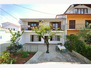 Apartman Anastazija Zadar, Kvadratura 80,00 m2, Zračna udaljenost od mora 100 m