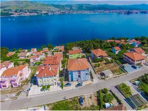 Apartamenty Maja , Powierzchnia 31,00 m2, Odległość do morze mierzona drogą powietrzną wynosi 150 m, Odległość od centrum miasta, przez powietrze jest mierzona 400 m