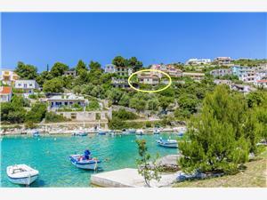 Beachfront accommodation Sibenik Riviera,Book Otjana From 64 €