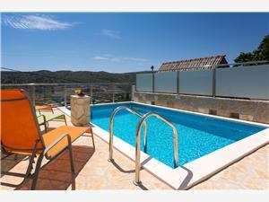 Villa Split en Trogir Riviera,Reserveren Klemo Vanaf 240 €