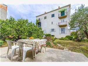 Appartamenti Draga Rogoznica,Prenoti Appartamenti Draga Da 65 €