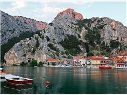Explore the Former Republic of Poljica Omis and the Cetina River Tour from Split Biograd
