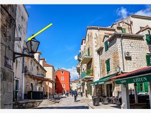 Location en bord de mer Ante Makarska,Réservez Location en bord de mer Ante De 64 €