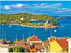 Boat Excursion 6 Famous Islands from Split Stomorska - island Solta