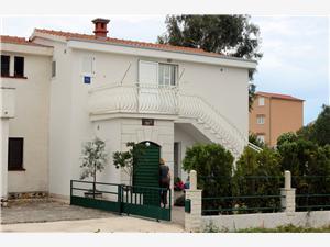 Apartamenty Berislav Rogoznica,Rezerwuj Apartamenty Berislav Od 227 zl