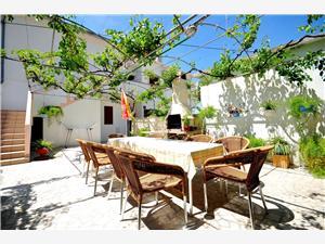 Ferienwohnungen Luna Pag - Insel Pag, Größe 14,00 m2, Luftlinie bis zum Meer 50 m, Entfernung vom Ortszentrum (Luftlinie) 300 m