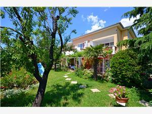 Appartementen Jadrana Novi Vinodolski (Crikvenica), Kwadratuur 49,00 m2, Lucht afstand naar het centrum 600 m
