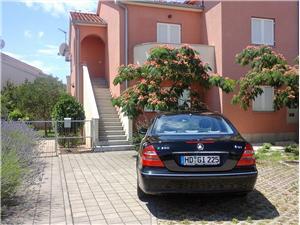 Apartmány Danica Vodice, Prostor 58,00 m2, Vzdušní vzdálenost od centra místa 800 m