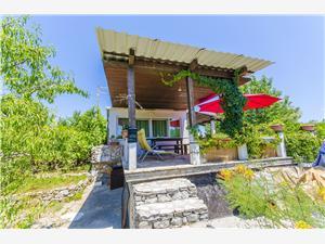 Дом Alemka Rogac - ostrov Solta, квадратура 51,00 m2, Воздуха удалённость от моря 150 m, Воздух расстояние до центра города 200 m