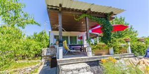 Hiša - Rogac - otok Solta