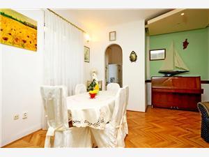 Apartmá Dražen Split, Prostor 75,00 m2, Vzdušní vzdálenost od moře 200 m, Vzdušní vzdálenost od centra místa 600 m