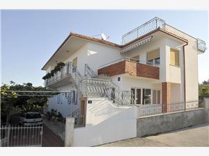 Apartments Miše Okrug Gornji (Ciovo),Book Apartments Miše From 78 €