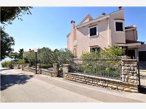 Ferienwohnungen Stanislava Petrcane ( Zadar ), Größe 70,00 m2, Luftlinie bis zum Meer 70 m, Entfernung vom Ortszentrum (Luftlinie) 500 m