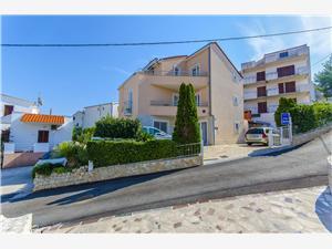 Appartementen Jela Slatine (Ciovo), Kwadratuur 30,00 m2, Lucht afstand tot de zee 80 m