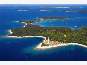 Beachfront accommodation North Dalmatian islands,Book Ivan From 88 €