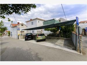 Appartamenti Anđelka Mirca - isola di Brac,Prenoti Appartamenti Anđelka Da 64 €