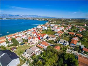 Apartmány Miljenka Nin, Prostor 30,00 m2, Vzdušní vzdálenost od moře 100 m