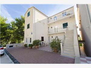 Appartements Milan Bol - île de Brac,Réservez Appartements Milan De 92 €