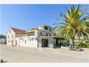 Appartement Snježana Stari Grad - eiland Hvar, Kwadratuur 38,00 m2, Lucht afstand naar het centrum 50 m