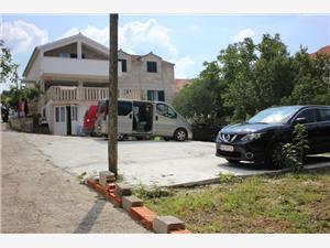 Appartementen Ivan Supetar - eiland Brac,Reserveren Appartementen Ivan Vanaf 123 €