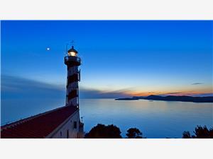 Világítótorony Tajer Kravljacica - Kornat sziget, Autentikus kőház, Robinson házak, Méret 70,00 m2