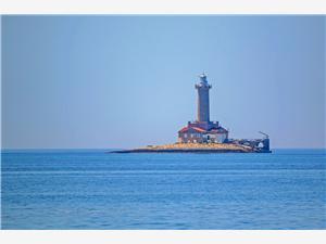 Размещение на море голубые Истрия,Резервирай Porer От 135 €