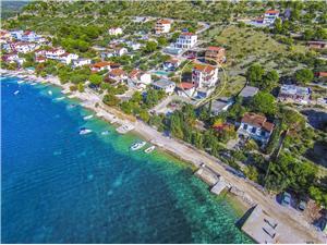 Beachfront accommodation Split and Trogir riviera,Book Ksenija From 80 €