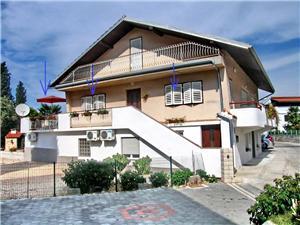 Apartmán Madlena Brodarica, Prostor 40,00 m2, Vzdušní vzdálenost od moře 100 m, Vzdušní vzdálenost od centra místa 50 m