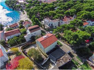 Appartements Marija Rogoznica, Superficie 70,00 m2, Distance (vol d'oiseau) jusque la mer 30 m, Distance (vol d'oiseau) jusqu'au centre ville 300 m