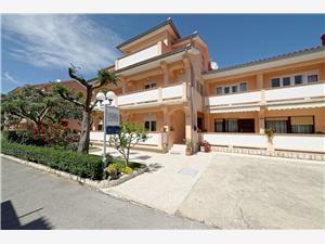 Appartamenti Marica Rab - isola di Rab,Prenoti Appartamenti Marica Da 121 €