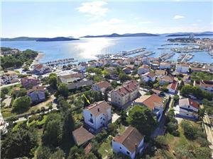 Apartmány Branka Vodice, Rozloha 50,00 m2, Vzdušná vzdialenosť od mora 200 m, Vzdušná vzdialenosť od centra miesta 300 m