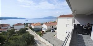 Apartament - Okrug Gornji (Ciovo)