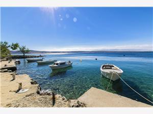 Ferienwohnung und Zimmer Tina Starigrad Paklenica, Größe 70,00 m2, Luftlinie bis zum Meer 50 m, Entfernung vom Ortszentrum (Luftlinie) 400 m