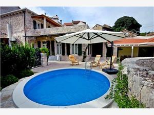 Villa Carić Croatia, Size 170.00 m2, Accommodation with pool