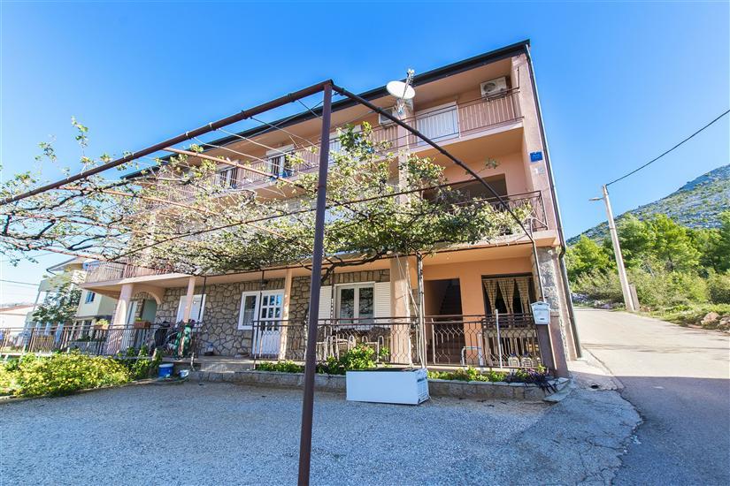 Lägenhet Nediljka