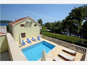 Vila Korčula Chorvátsko, Rozloha 140,00 m2, Ubytovanie sbazénom, Vzdušná vzdialenosť od mora 50 m