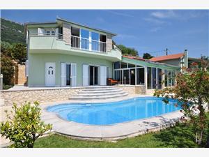 Villa Paula Kastel Stari, Méret 180,00 m2, Szállás medencével