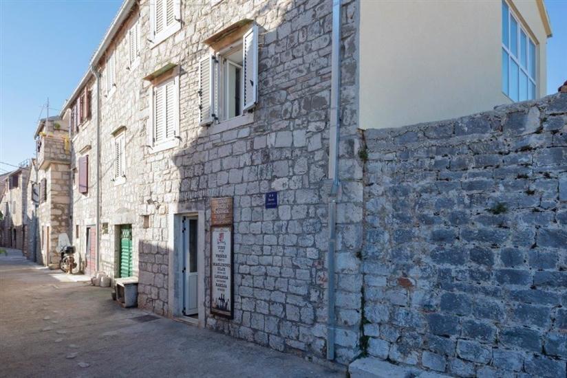 Apartments Nediljka