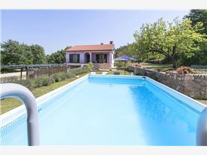Dom Stone Zelená Istria, Kamenný dom, Rozloha 100,00 m2, Ubytovanie sbazénom