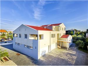 Apartmány Glavan Chorvátsko, Rozloha 90,00 m2, Vzdušná vzdialenosť od centra miesta 400 m