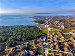 Ferienwohnungen Glavan Zadar Riviera, Größe 90,00 m2, Entfernung vom Ortszentrum (Luftlinie) 400 m