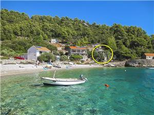 Huis Herta Midden Dalmatische eilanden, Afgelegen huis, Kwadratuur 63,00 m2, Lucht afstand tot de zee 15 m