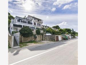 Ferienwohnung Branka Tisno - Insel Murter, Größe 82,00 m2, Luftlinie bis zum Meer 200 m, Entfernung vom Ortszentrum (Luftlinie) 400 m