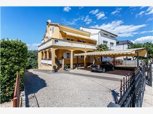 Apartmani i Sobe Gordana Malinska - otok Krk, Kvadratura 25,00 m2, Zračna udaljenost od centra mjesta 350 m