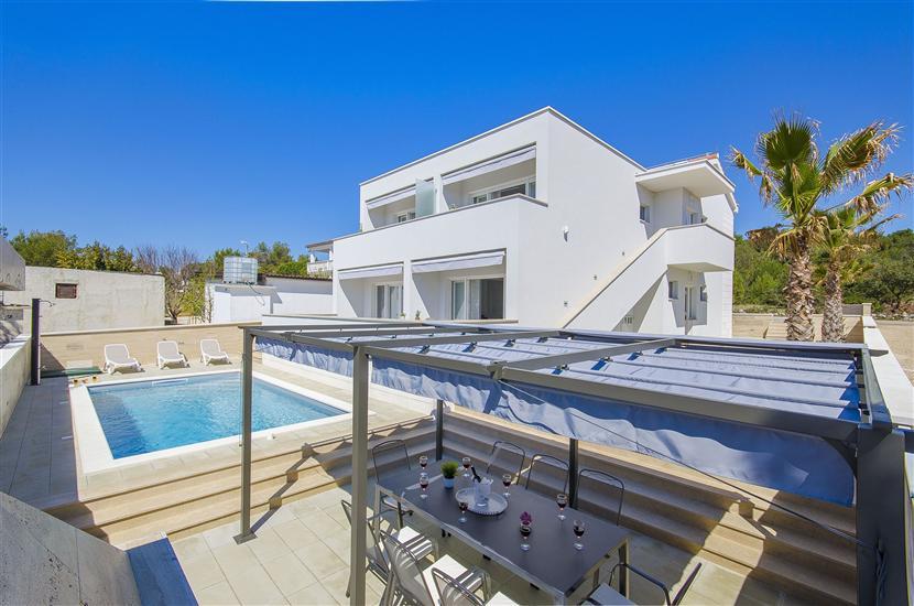 Apartments Villa V