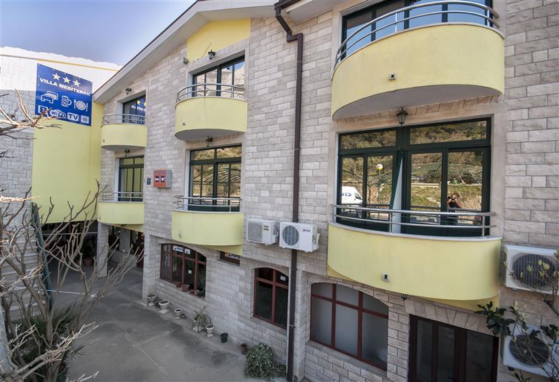 Appartement et Chambres Ivan