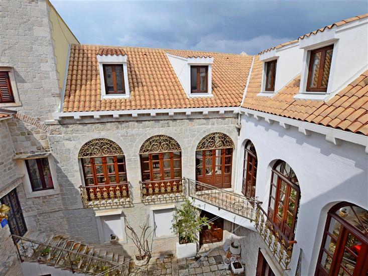 Appartement et Chambres Palace Derossi
