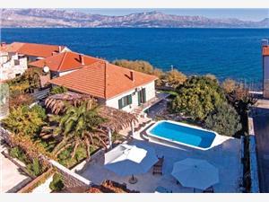 вилла Riduli Postira - ostrov Brac, квадратура 90,00 m2, размещение с бассейном, Воздуха удалённость от моря 30 m