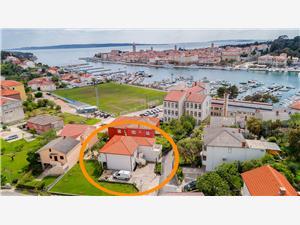 Apartmaji Toni Banjol - otok Rab, Kvadratura 70,00 m2, Oddaljenost od morja 200 m, Oddaljenost od centra 200 m