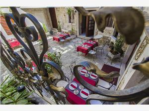 Beachfront accommodation Split and Trogir riviera,Book Derossi From 136 €